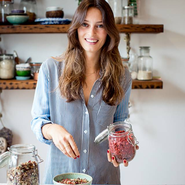 Ella Woodward making her easy Deliciously Ella's cinnamon & banana overnight oats